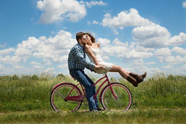Séance photo couple chez un photographe professionnel