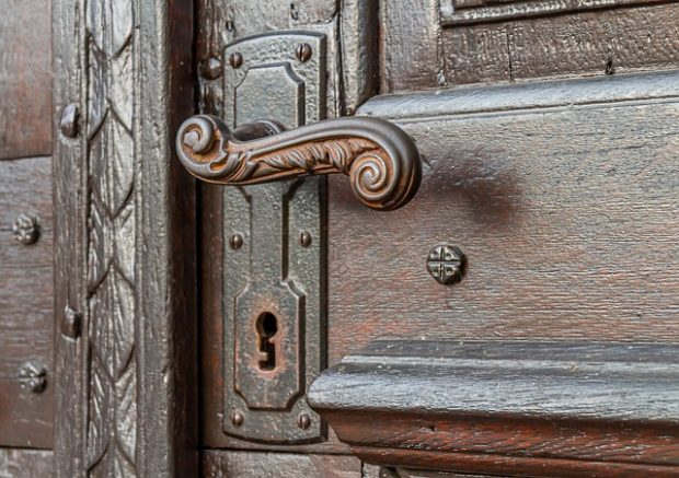 Les avantages et les inconvénients d'une porte blindée